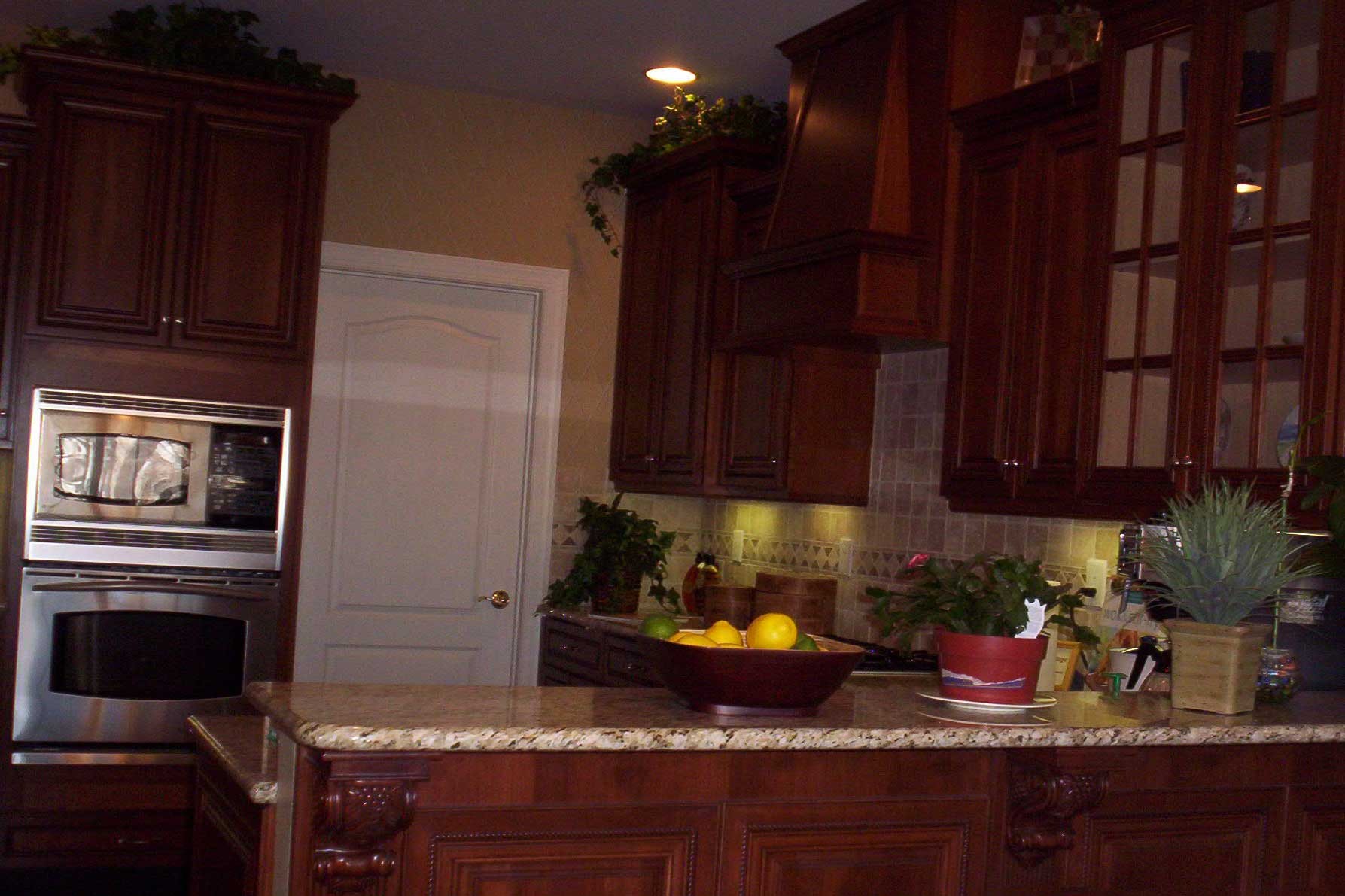 Cabinets-08.jpg