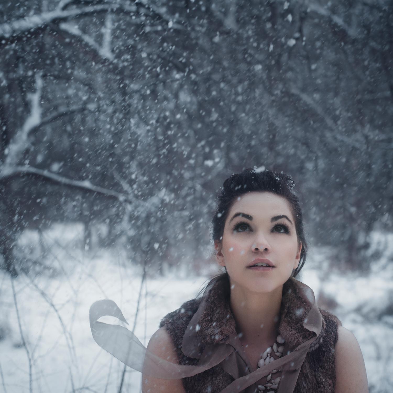 Maria in Snow