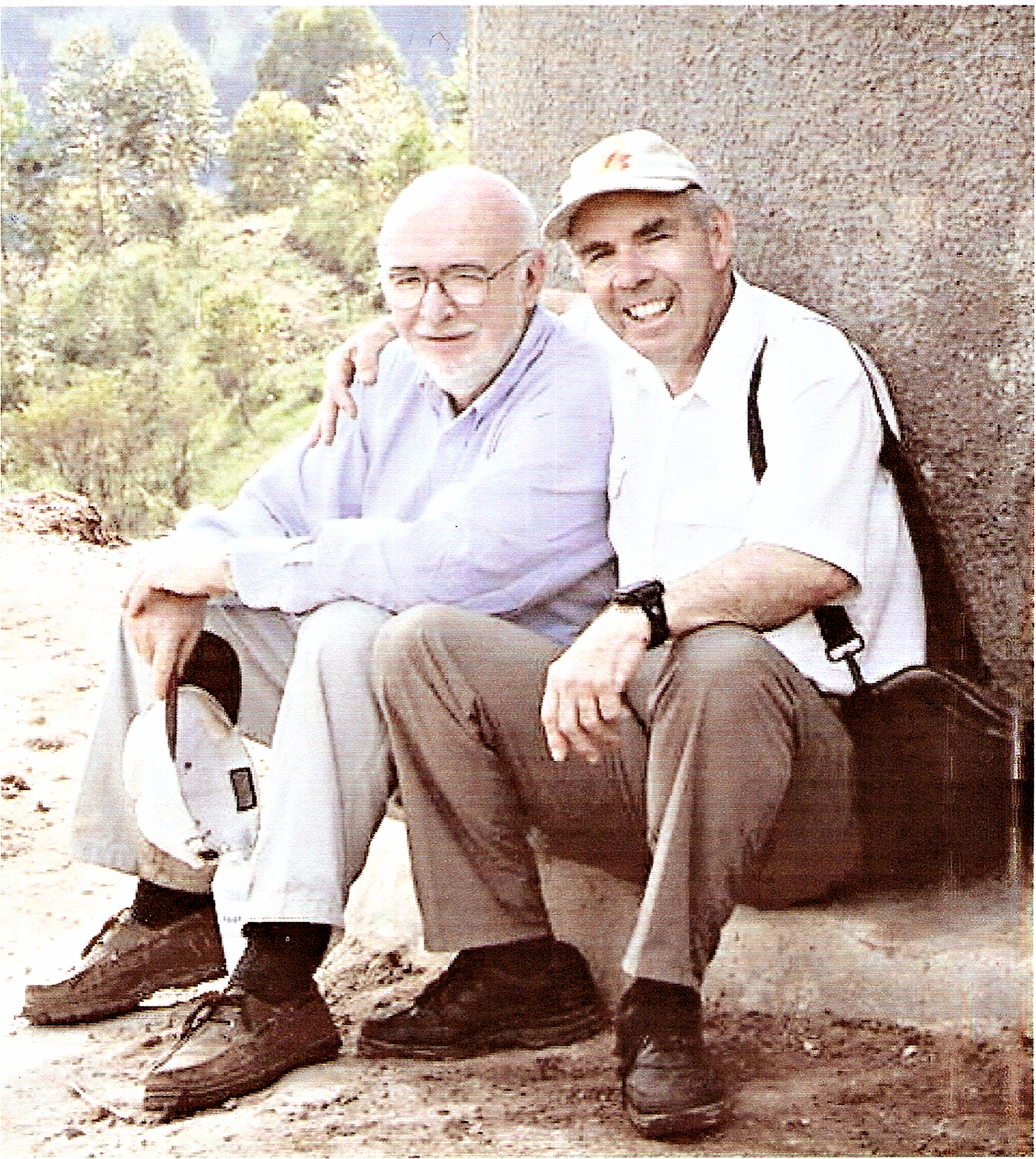 Founding Fathers Bob Dell and Fraser Edwards working for clean water in Africa