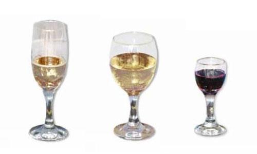 Champagne flute &all purpose pine glass