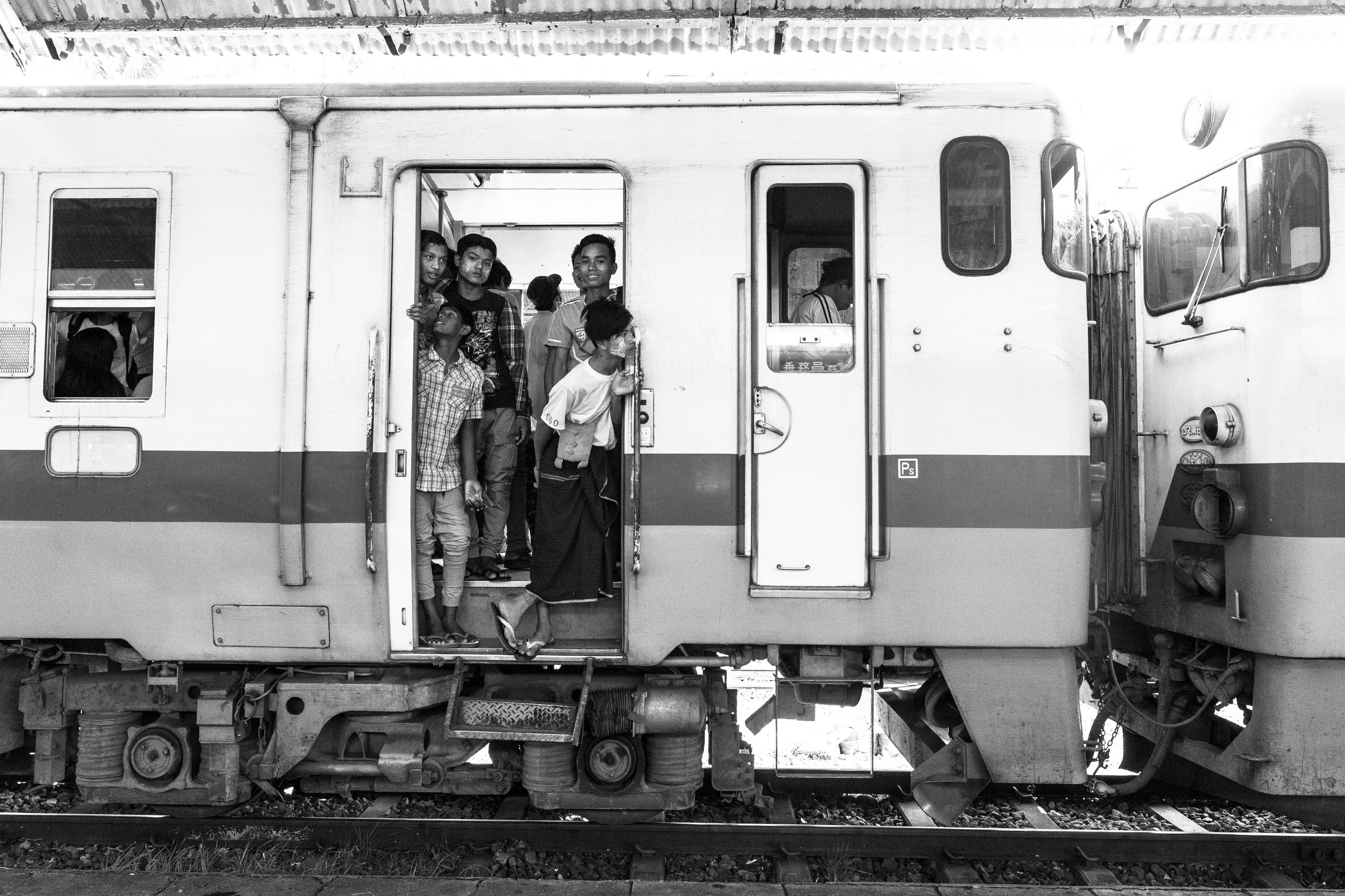 Train Boys_Yangon_Mono_-1.jpg