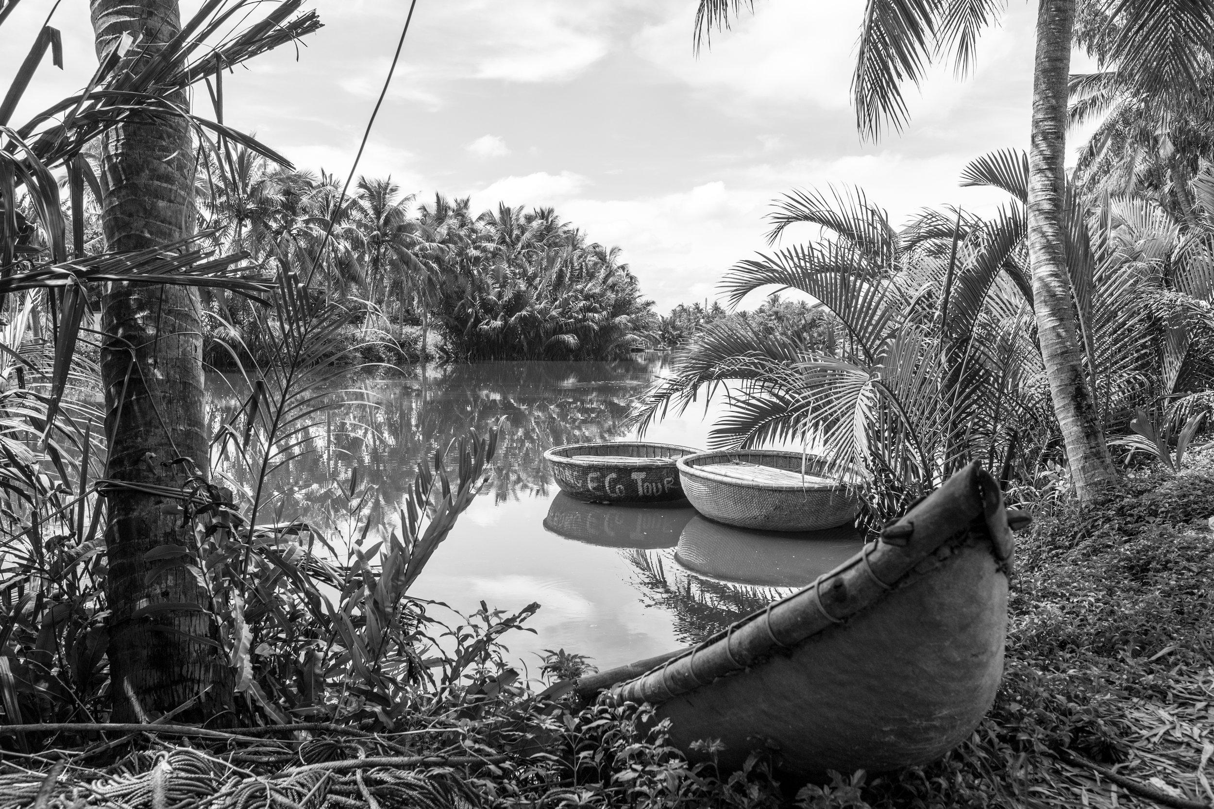 Hoi An_River Boats_Greyscale_-1.jpg