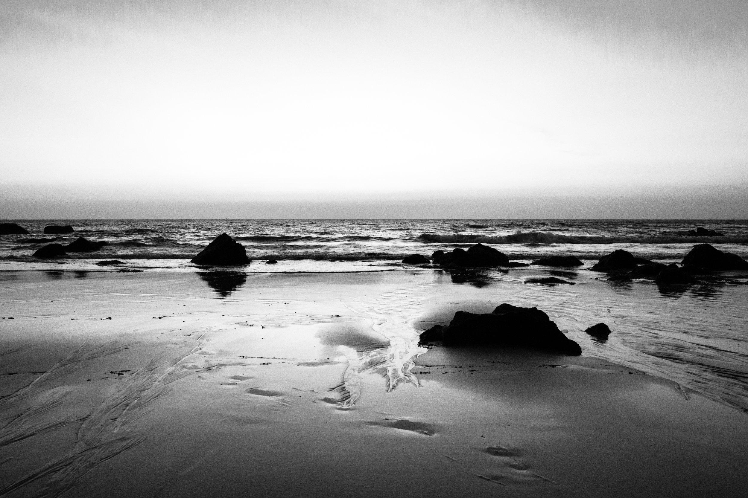 Cola Beach_Mono_-1.jpg