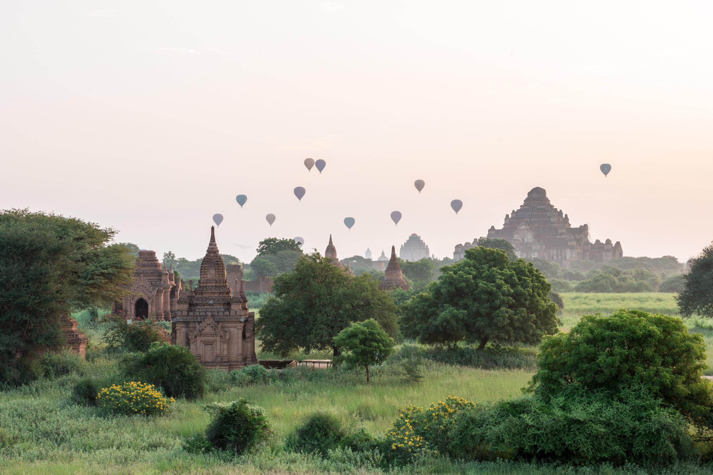 Ballons_Bagan_-1.jpg