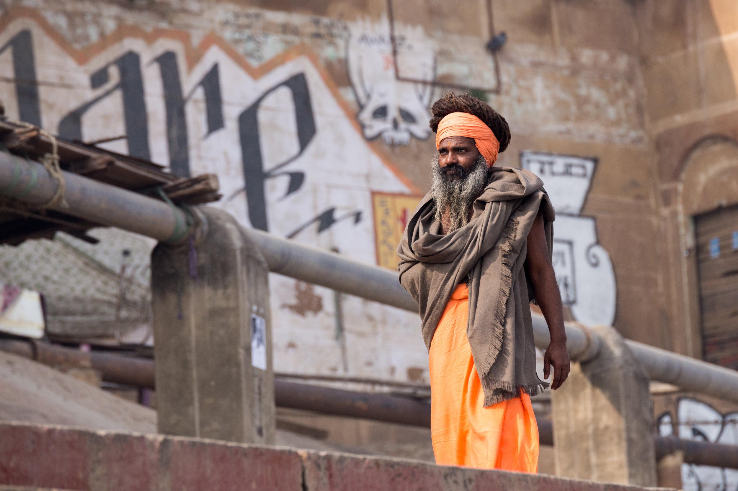 Sadhu_Grafiti_Varanasi-1.jpg