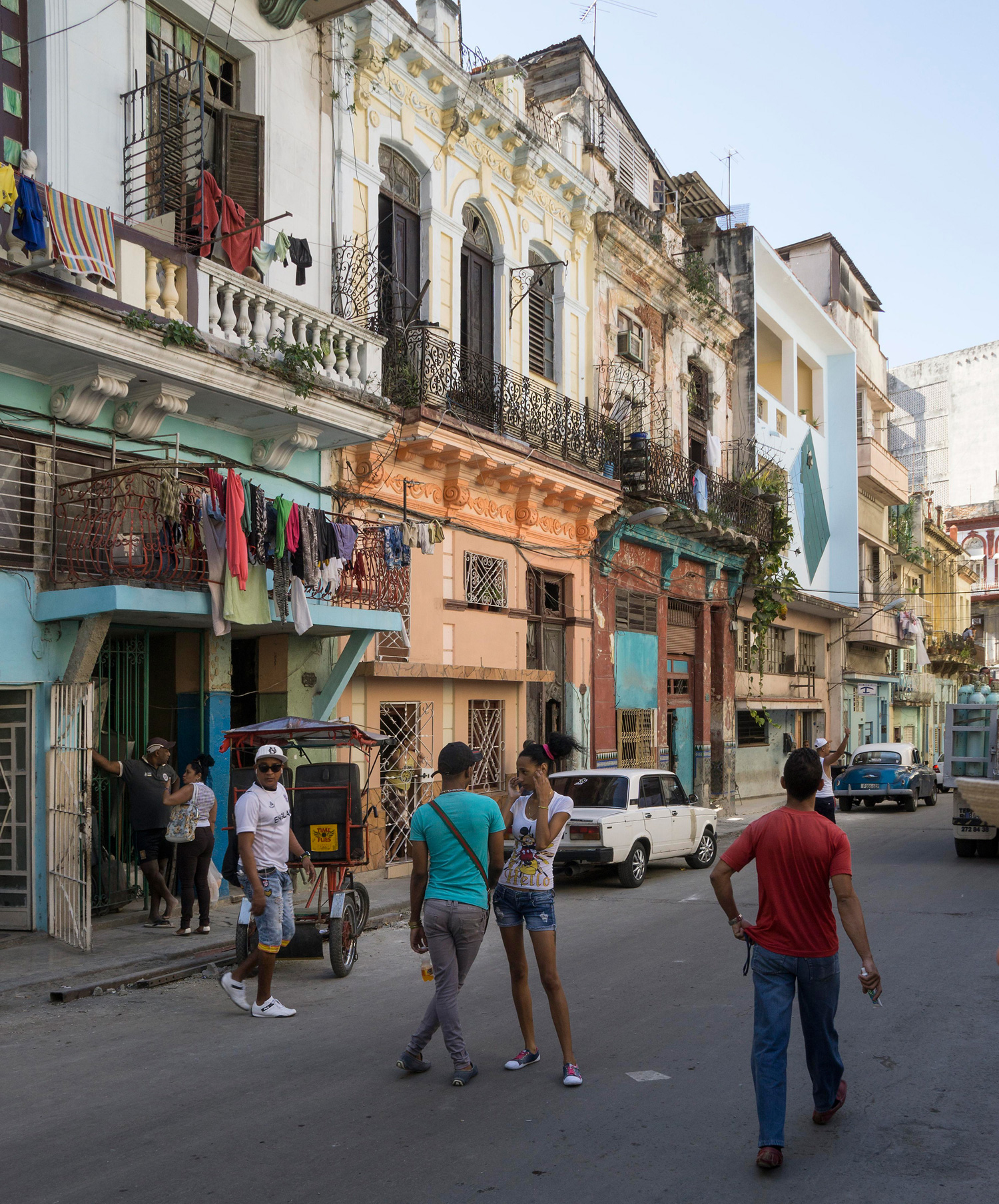 Havana street scene, Photo  Eric Parker  CC  BY-NC 2.0