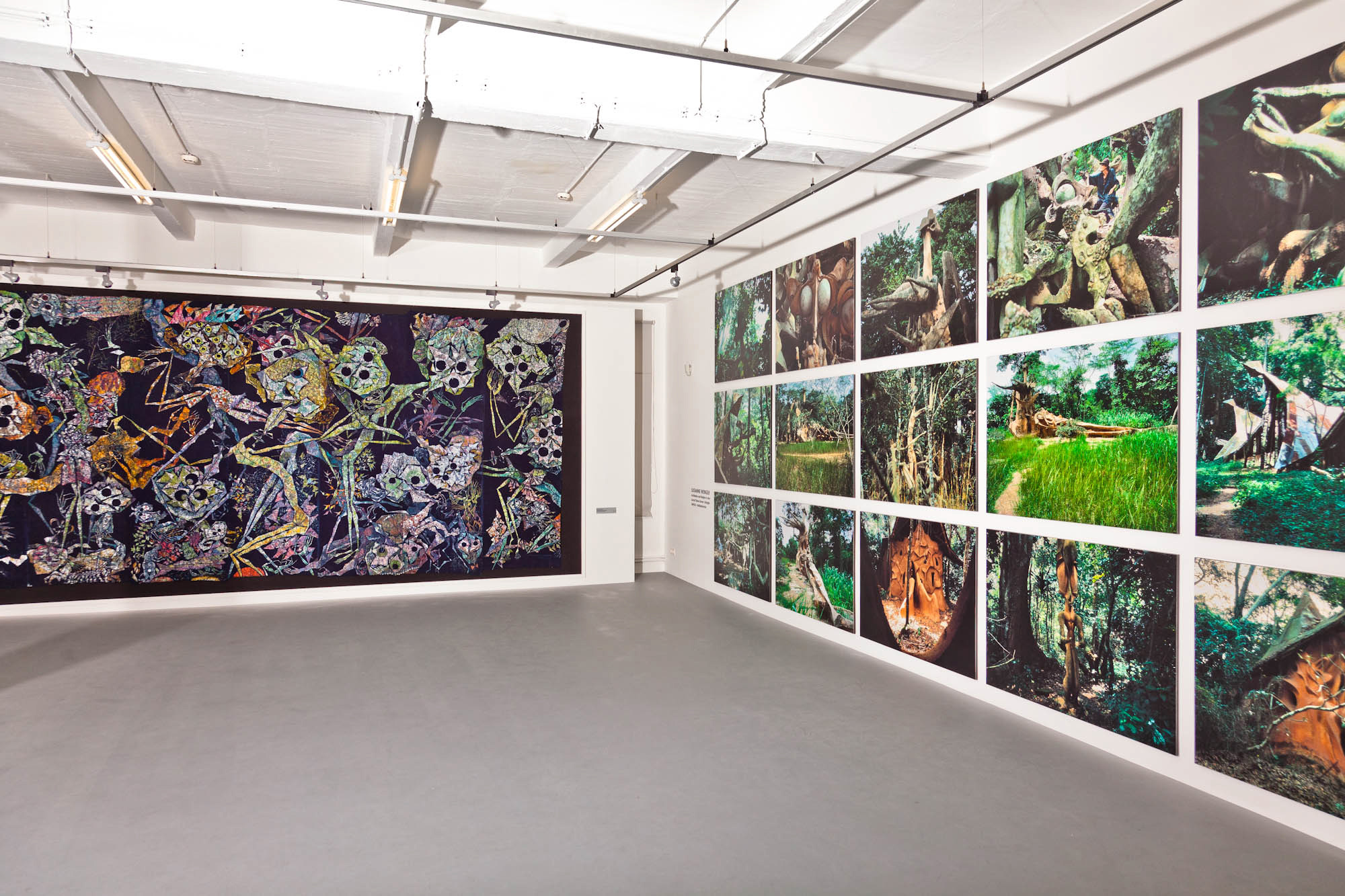 A view into the Susanne Wenger Foundation in Krems with a huge batik from Wenger and photos of the Grove, Austria.©Wolfgang Denk