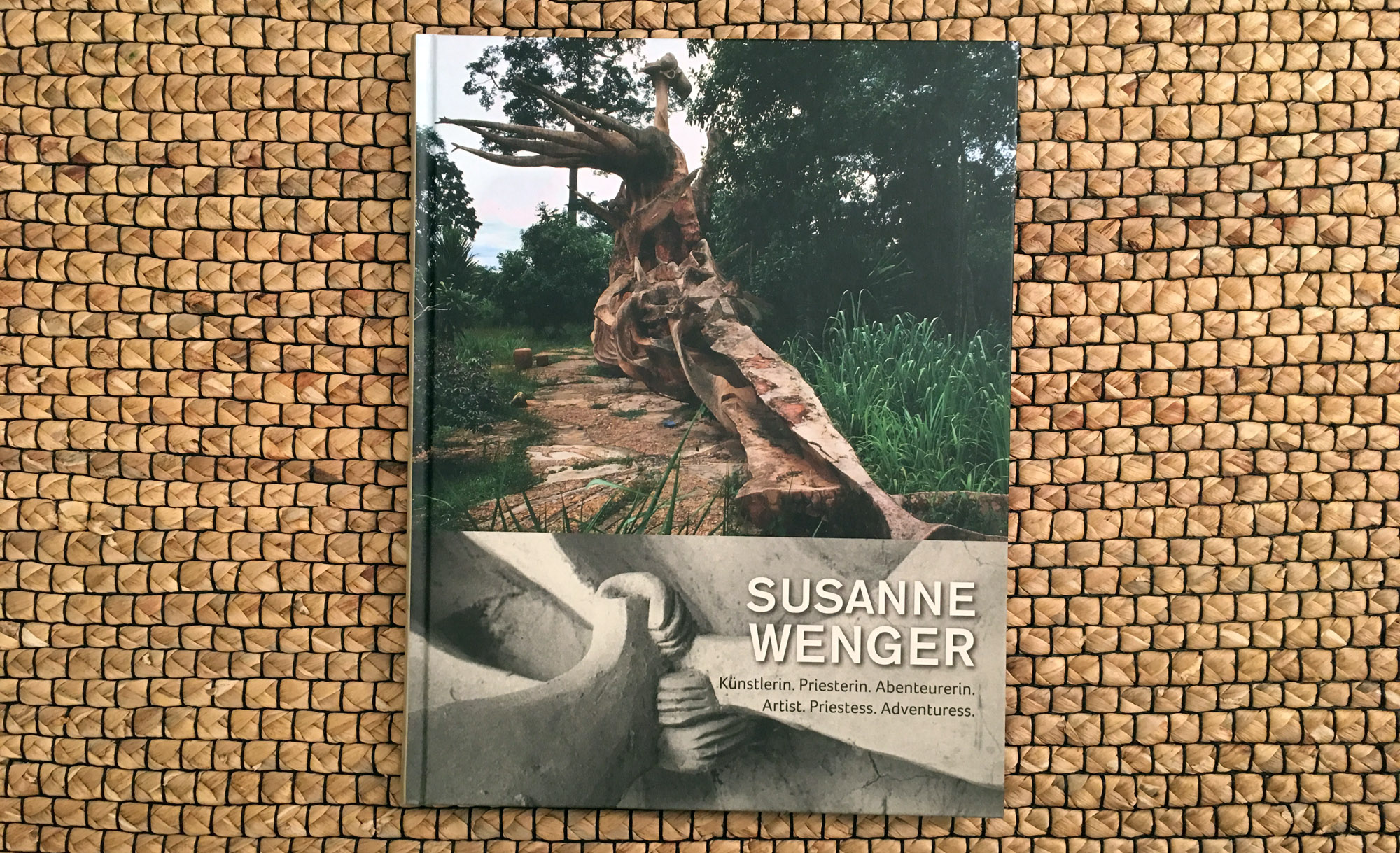 The new publication in German and English by Wolfgang Denk: Susanne Wenger. Artist, Priestess, Adventuress. Residenzverlag, Vienna, 2015.©Wolfgang Denk