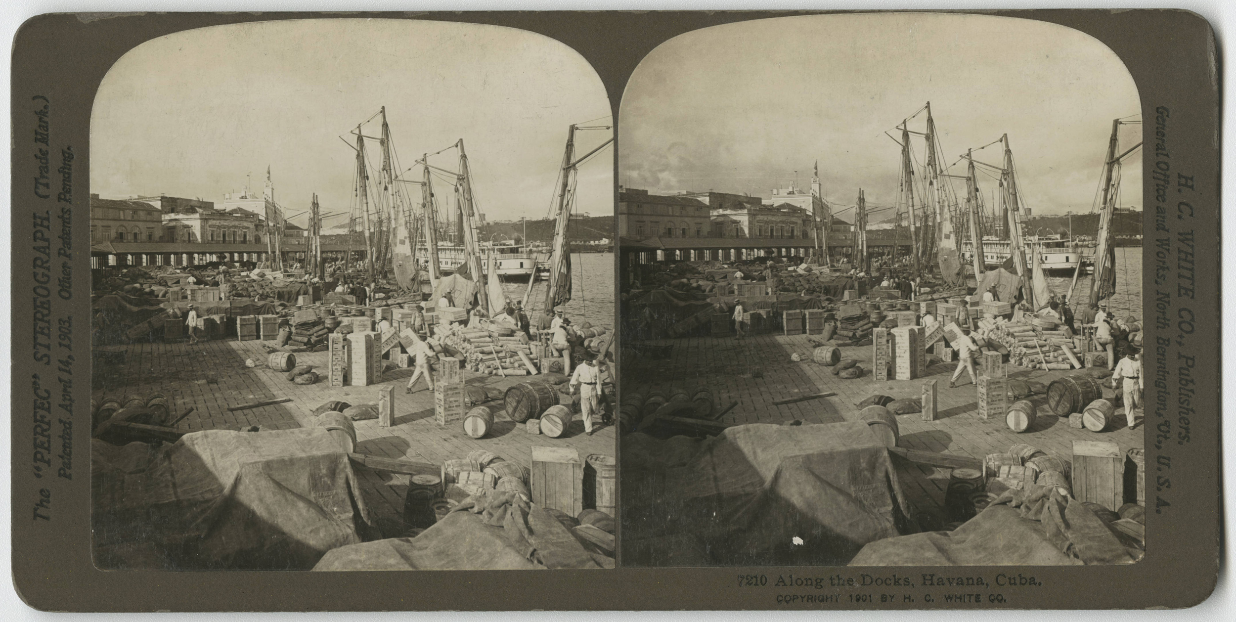 Along the docks of the harbor in La Habana, stereo photo from 1901. Cuban Photograph Collection by the  University of Miami Libraries . Image Public Domain.