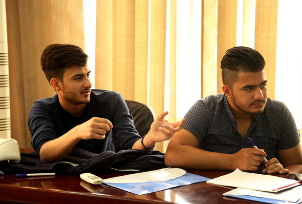 IWPR trainees at the Baghdad workshop. (Photo: IWPR)