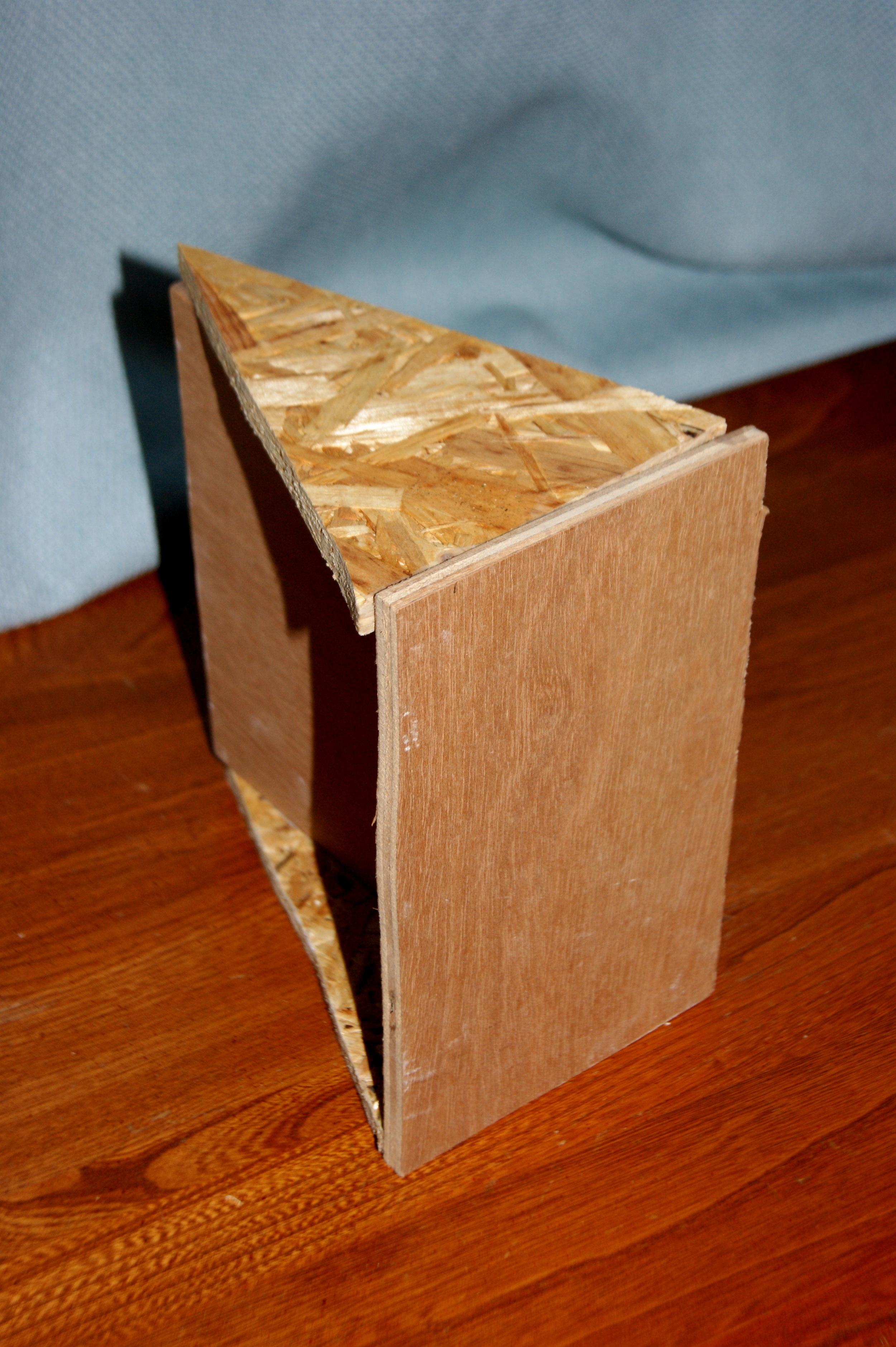 website-triangles- wood.jpg