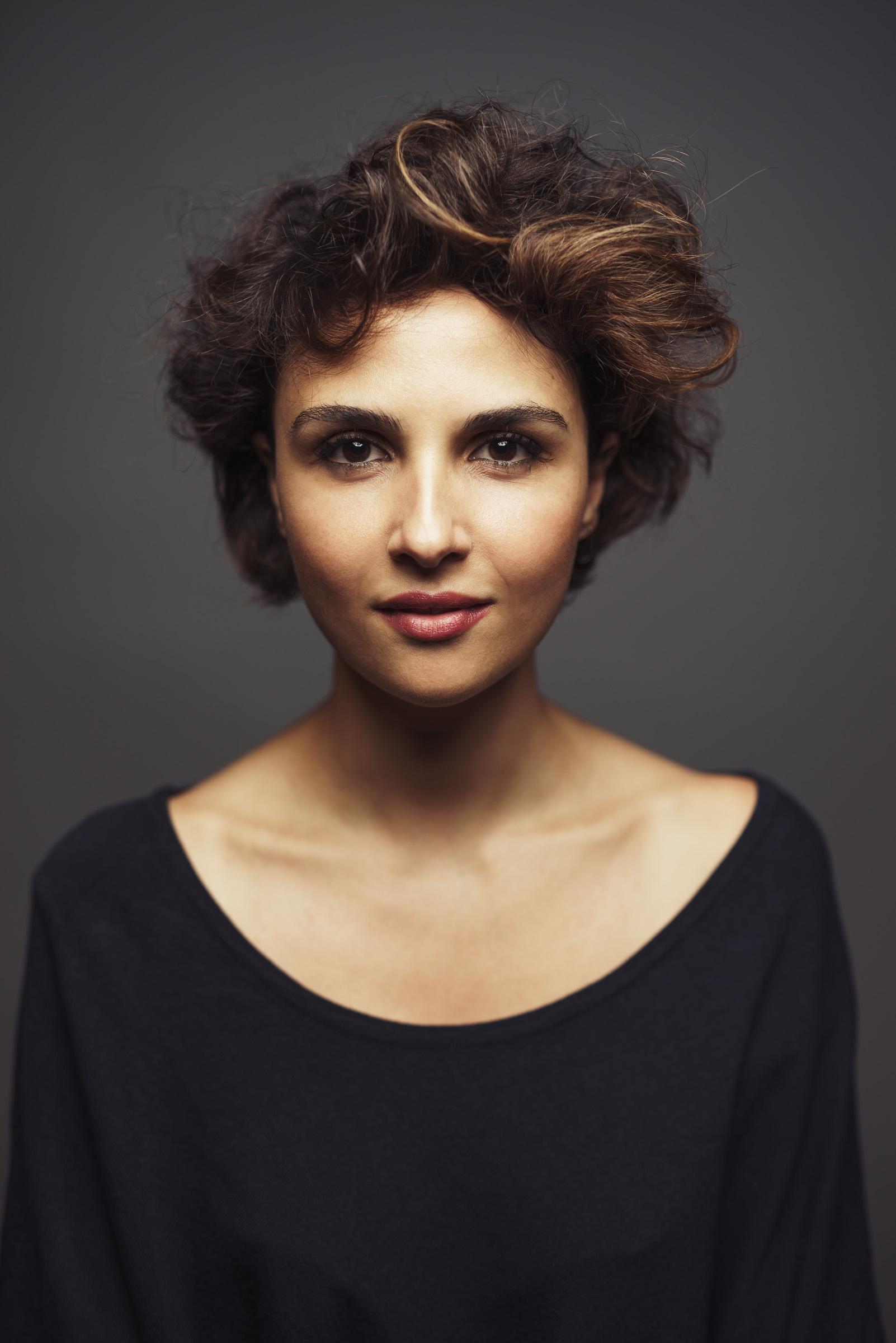 actress Maryam Hassouni (Dunya & Desie, Offers)