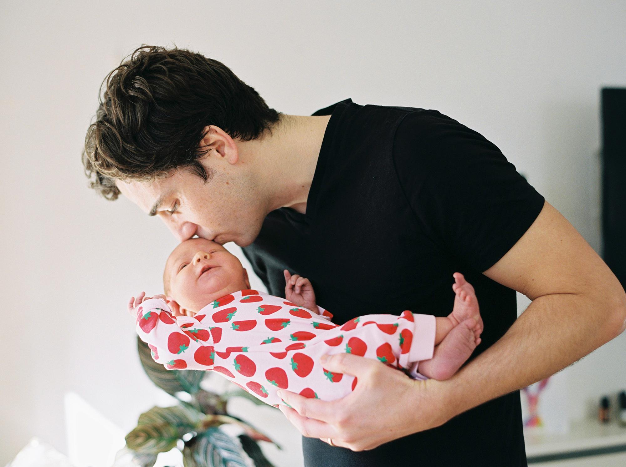 london-newborn-photographer (47).jpg