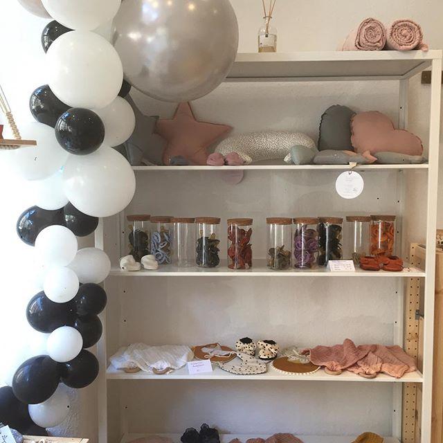 In unserem Laden-Atelier findet ihr seit 1.10. den Pop-up-Store: @tinytotsies x @isargold_munich! Mit den wunderschönen Sachen von @tinytotsies, aber auch andere Brands! Kommt vorbei! @findelingmuenchen
