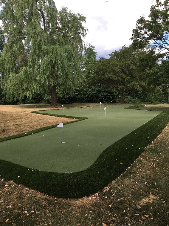 putting green with flags.jpg