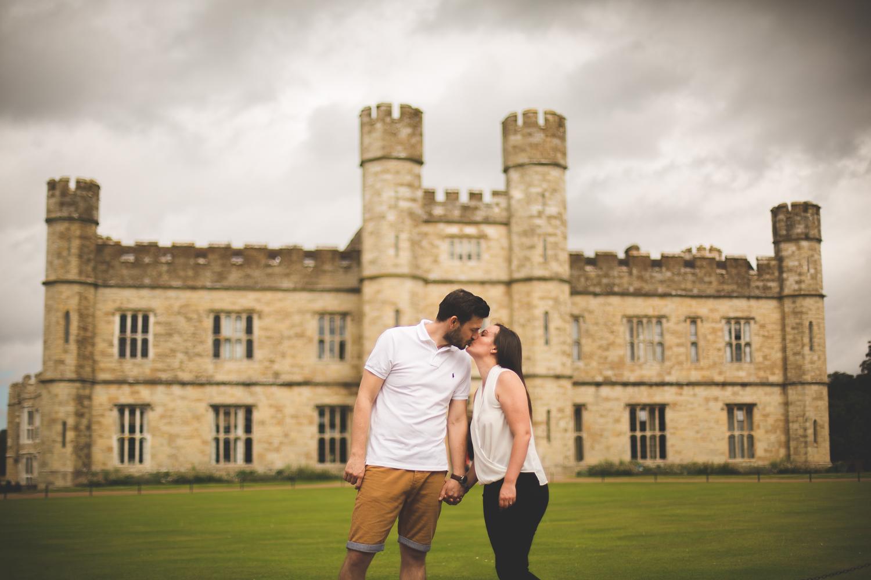 Lauren_Chris_Surrey_Wedding_Photographer008.jpg