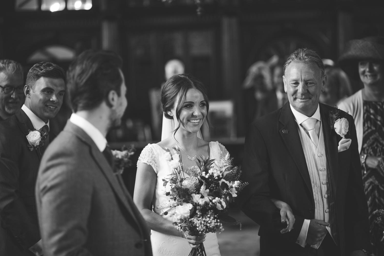 Surrey Wedding Photographer Jake Meg032.jpg