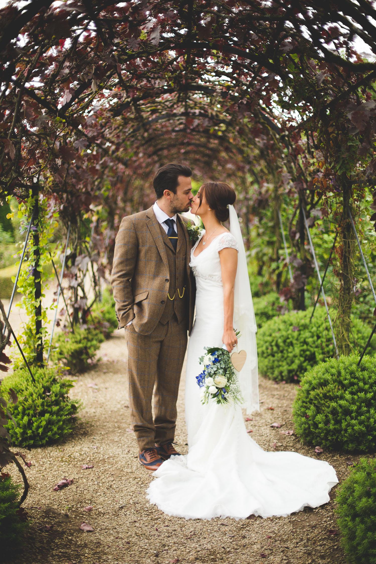 Surrey Wedding Photographer Jake Meg070.jpg