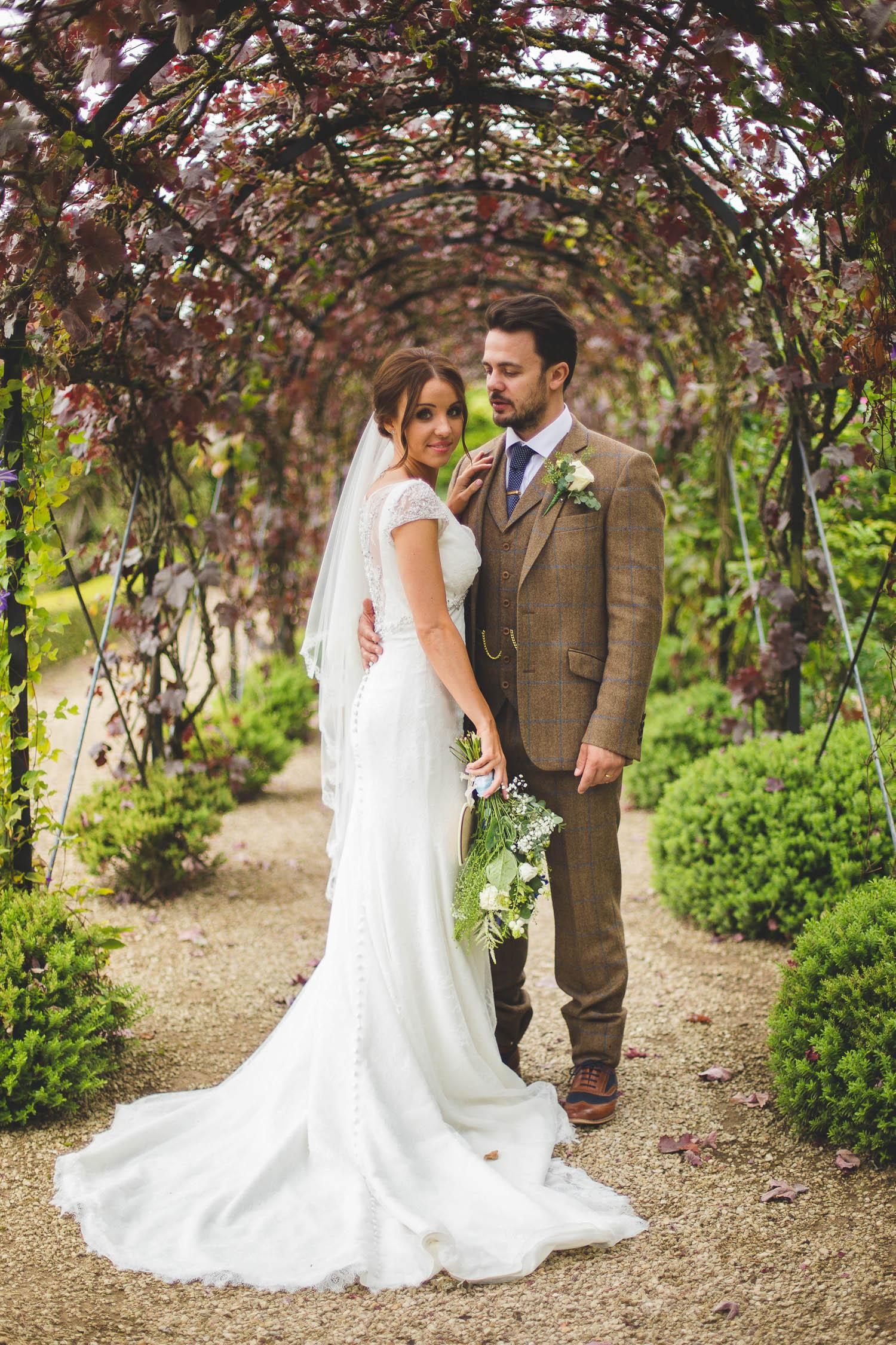 Surrey Wedding Photographer Jake Meg072.jpg