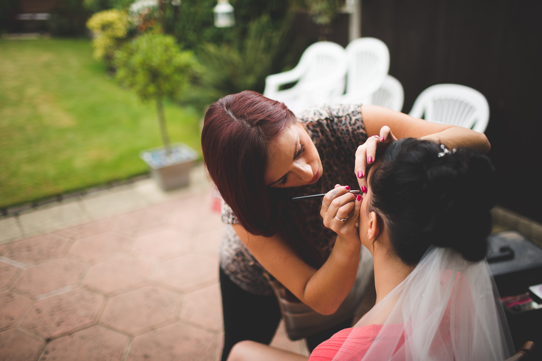 Surrey Wedding Photographer Hannah Dan009.jpg