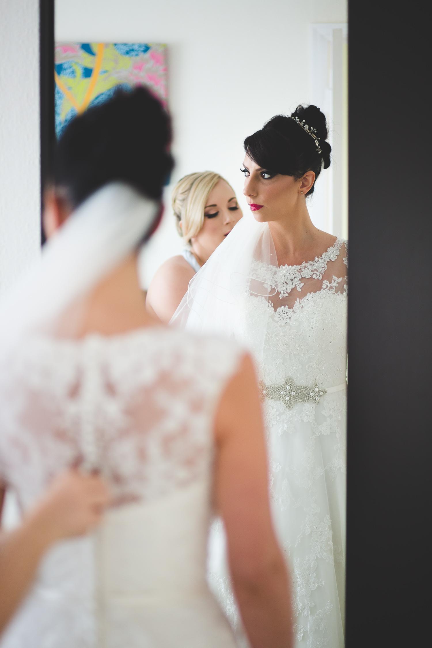 Surrey Wedding Photographer Hannah Dan027.jpg