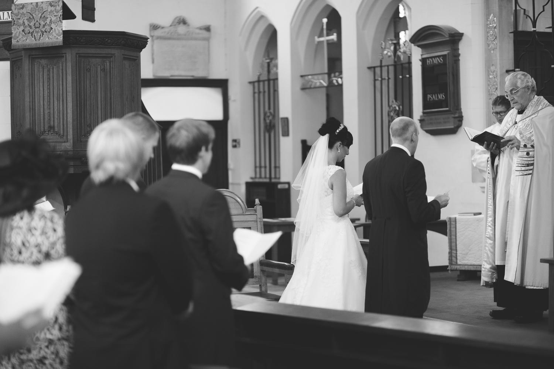 Surrey Wedding Photographer Hannah Dan061.jpg