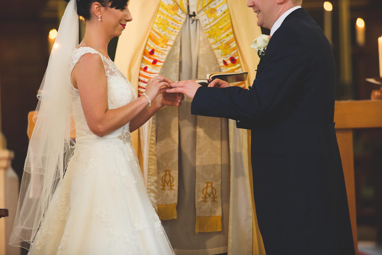 Surrey Wedding Photographer Hannah Dan071.jpg