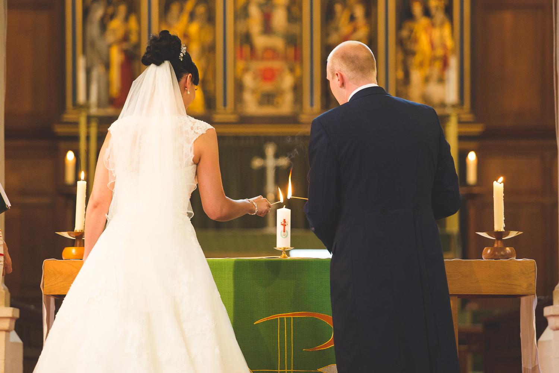Surrey Wedding Photographer Hannah Dan073.jpg