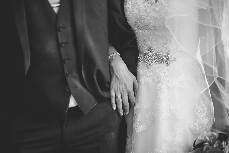 Surrey Wedding Photographer Hannah Dan097.jpg