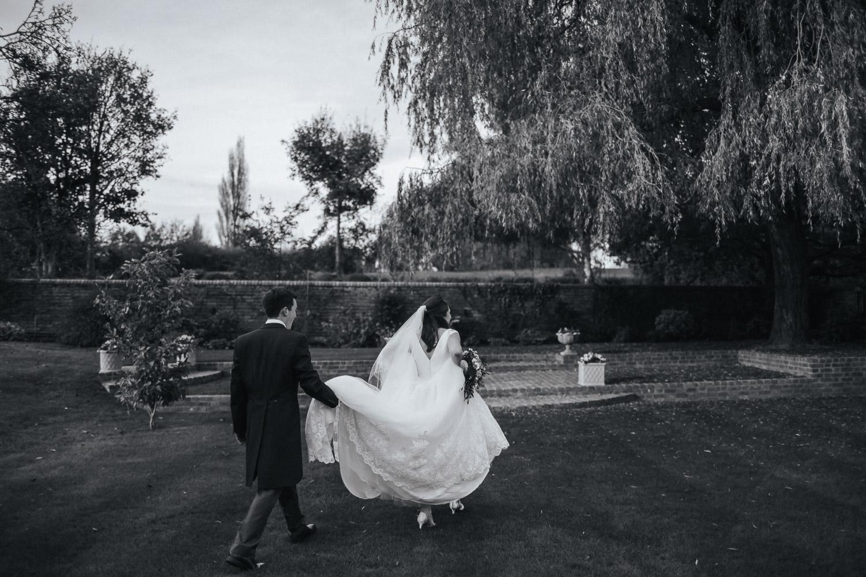 Surrey Wedding Photographer090.jpg