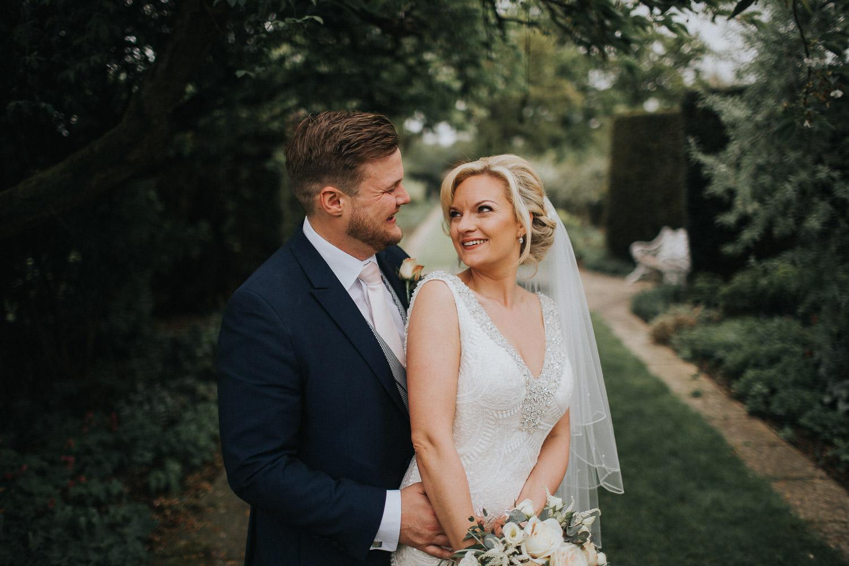 Surrey Wedding Photographer022.jpg