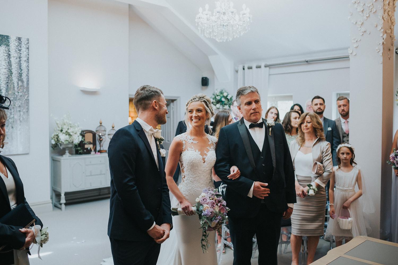 Reigate Wedding Photographer010.jpg