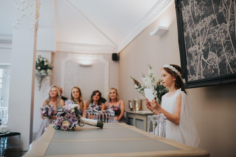 Reigate Wedding Photographer011.jpg