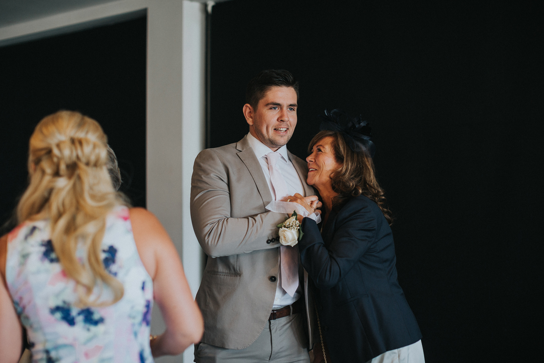 Reigate Wedding Photographer025.jpg
