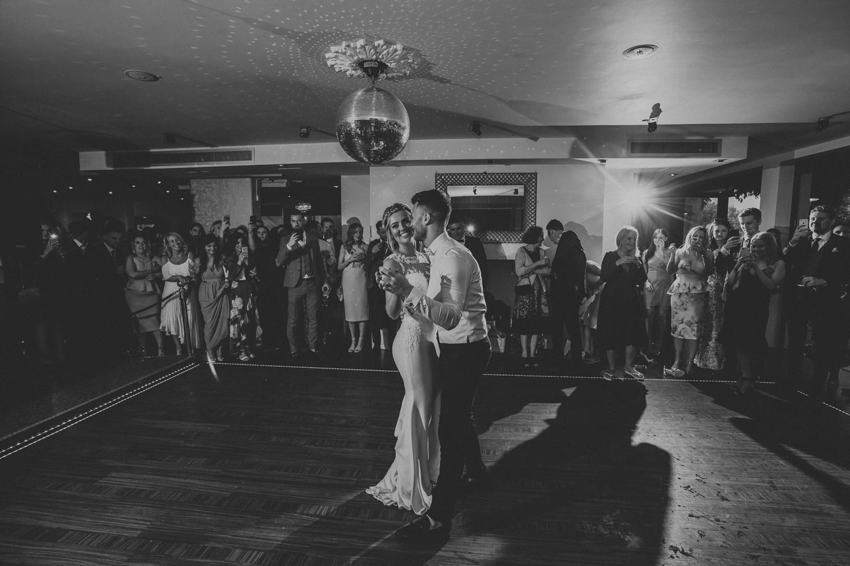 Surrey Wedding Photographer027.jpg
