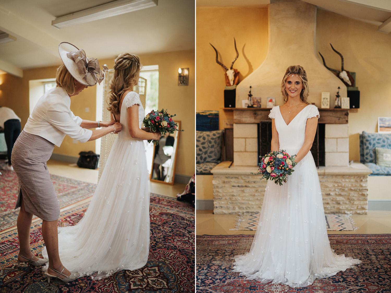 Oxleaze Barn Wedding Photos0006.jpg