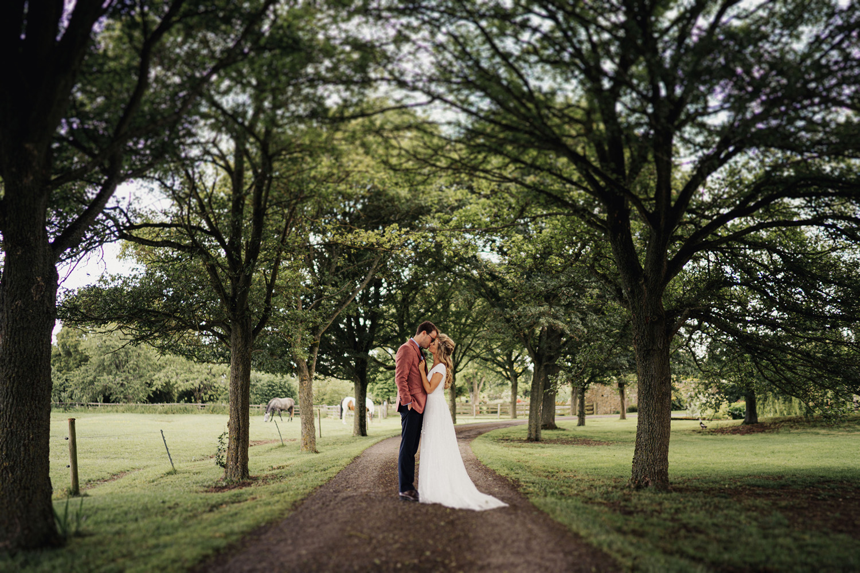 Oxleaze Barn Wedding Photos0054.jpg