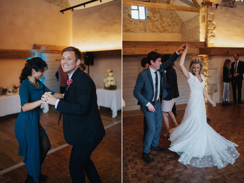 Oxleaze Barn Wedding Photography0026.jpg
