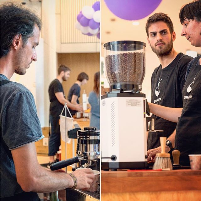 The Coffee Genius solution to high volume events is two coffee bars working in unison. #espresso #lamarzocco #gs3 #anfim #specialtycoffee #coffeecatering #specialtycoffeecatering #skanskahungary #skanska #millpark