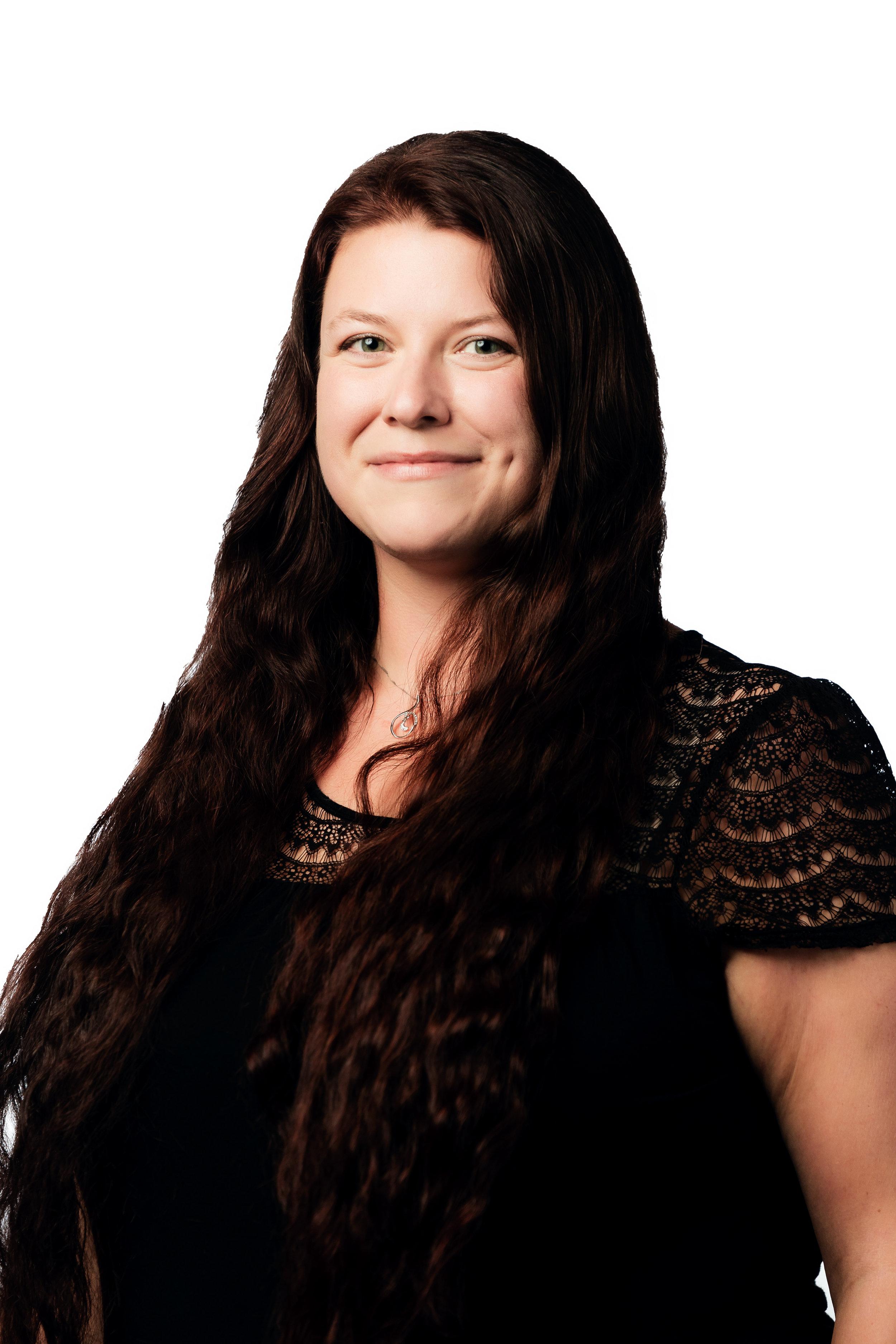 Jessica Kulmer, Host