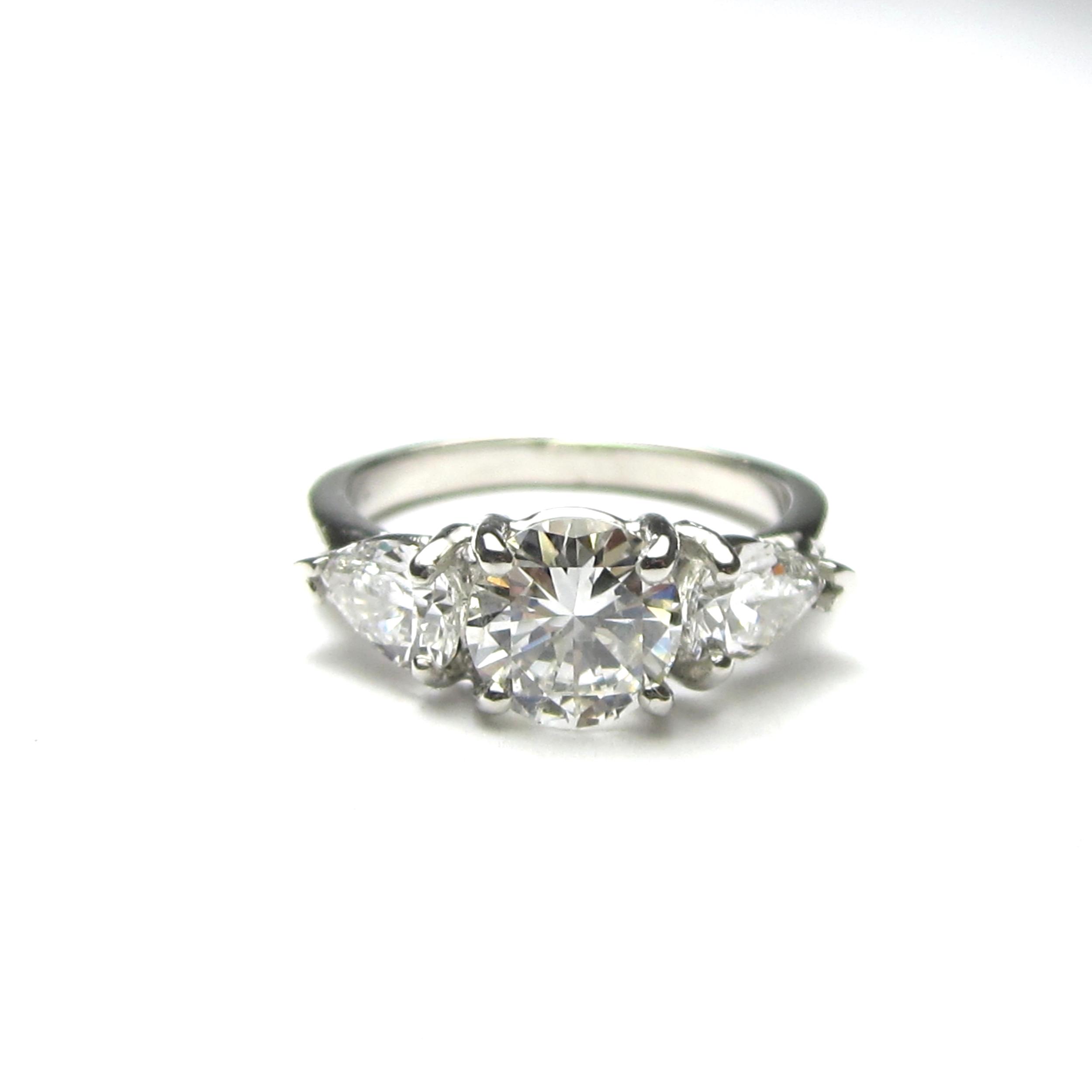 Platinum & Diamond 3 Stone Trellis
