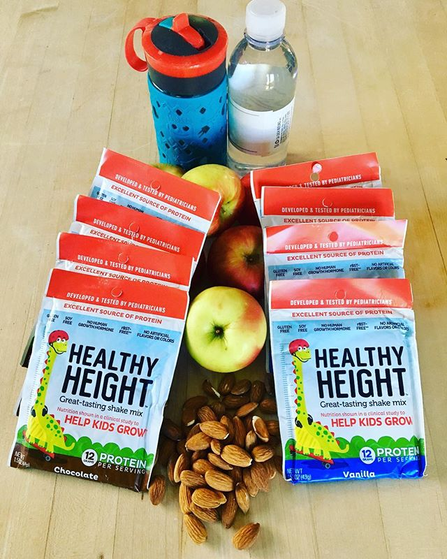 It's #giveaway time! In this crazy busy holiday season, I've teamed up with @healthyheight to gift THREE lucky winners with a 14-ct box of Health Height travel packets (a $42.95 value!)! .  In case you haven't seen me rave about Healthy Height before, it's a shake mix designed by pediatricians to help kids grow. It's rich in protein, low in sugar, and chock full of nutrients every kid need to grow. . Besides being super nutritious, Healthy Height is incredibly convenient! These travel packs can be thrown in your carry-on, or tossed in your glove compartment, and be ready to feed those hungry kiddos any time. Just empty a packet into a water or shaker bottle, shake it up, and voila - kids are happy, and parents are at ease knowing they are giving their kids something nutritious in a pinch (instead of the usual goldfish, french fries, muffins, sugary bars, sugary drinks, or insert other convenient travel food here). I haven't met a single kid who doesn't love these as a healthy swap for chocolate/vanilla milk. Stocking stuffers, anyone? 😉 . What's in your carry-on bag? Enter the giveaway and try Healthy Height with your kids this busy season! . To enter: -Like this photo -Follow me @jeannereillyrd -Follow @healthyheight -Comment below which Healthy Height flavor you want to win - chocolate or vanilla! -Bonus entries for tagging friends who need Healthy Height in their kids' lives! . The contest will run from today, Friday, December 14th through 5pm PST on Sunday, December 16, 2018. Valid for US & Canada residents only. Winner must complete all steps above to win. Winners will be notified in comments below and via Direct Messages to collect mailing address. Instagram is not involved in this giveaway.