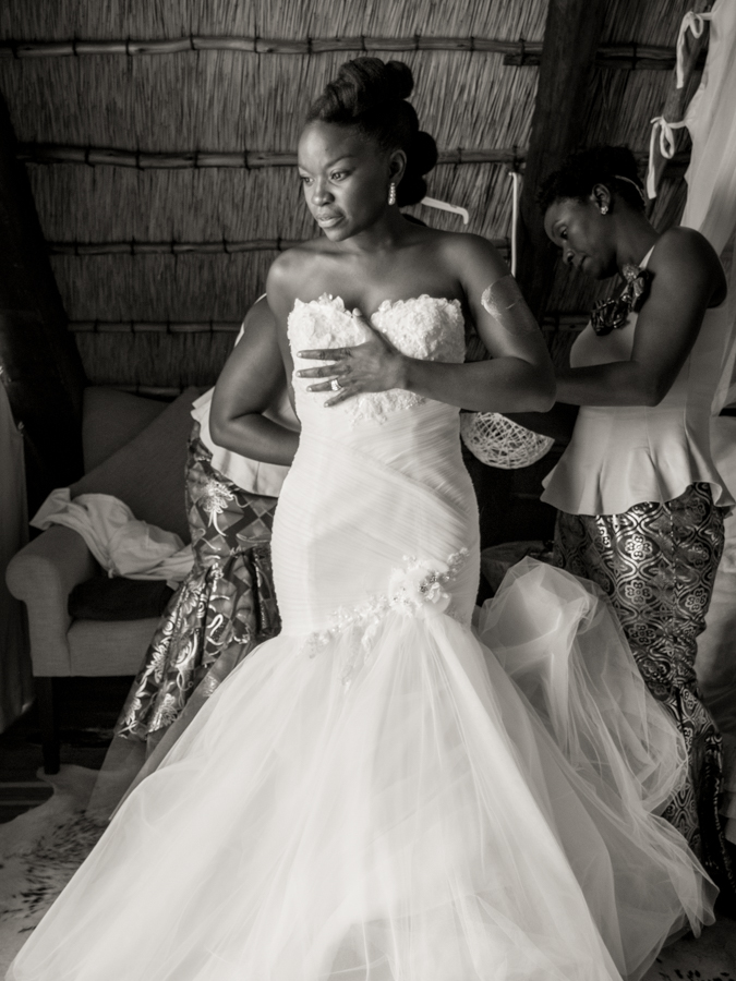 Nervious before the ceremony Namibian wedding photography by Willem Vrey