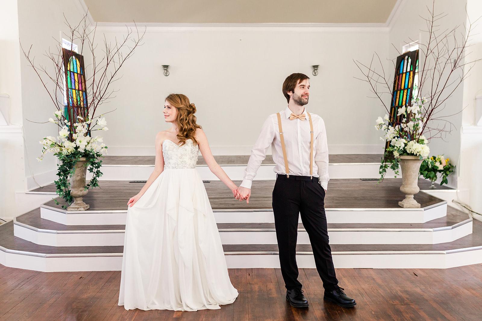Picture By:  Megan Hoeft  Dress:  Ivory Loft Bridal  Florals:  Milkweed Flora