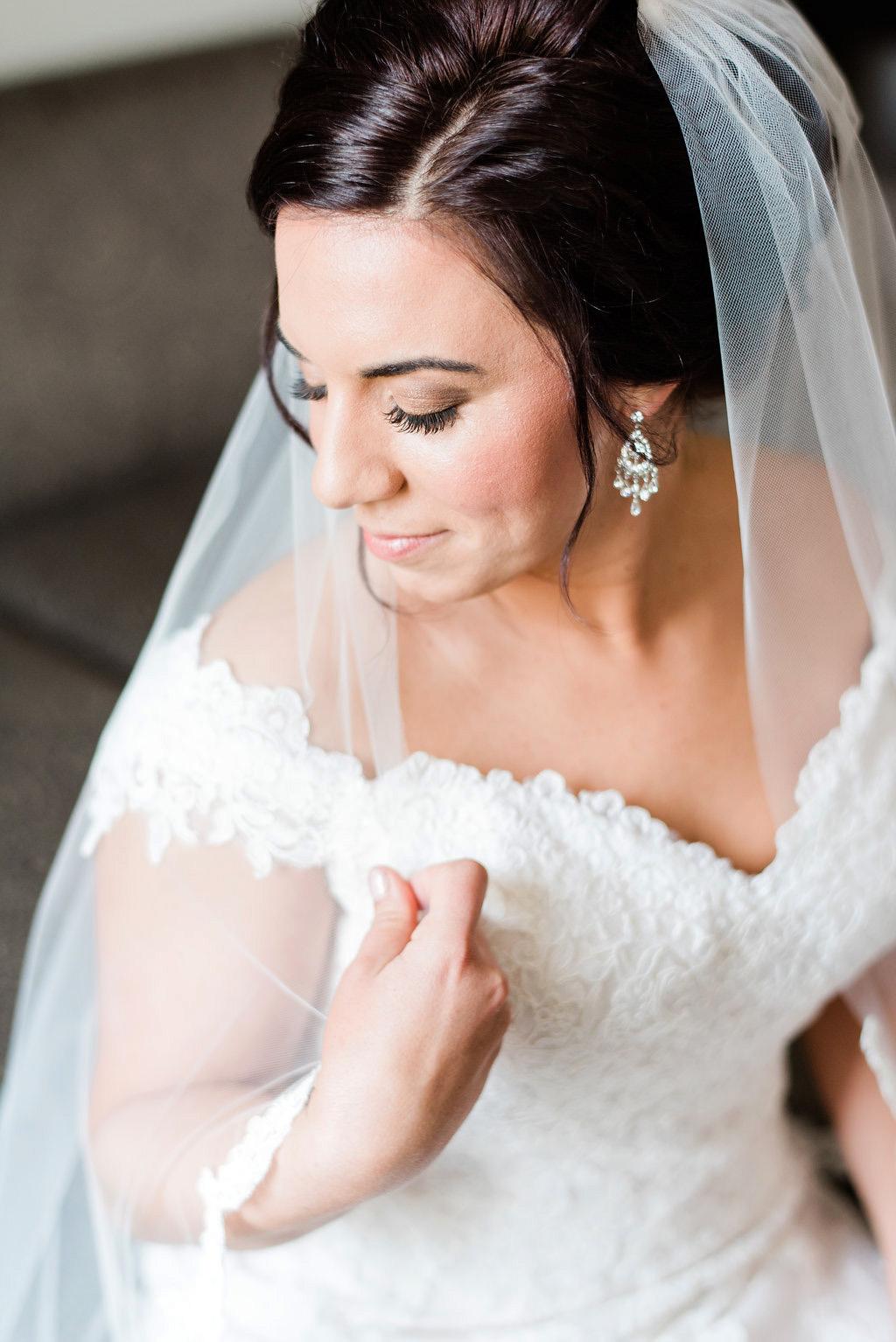 brown-eyes-natural-spring-wedding-bridal-makeup (26).jpg