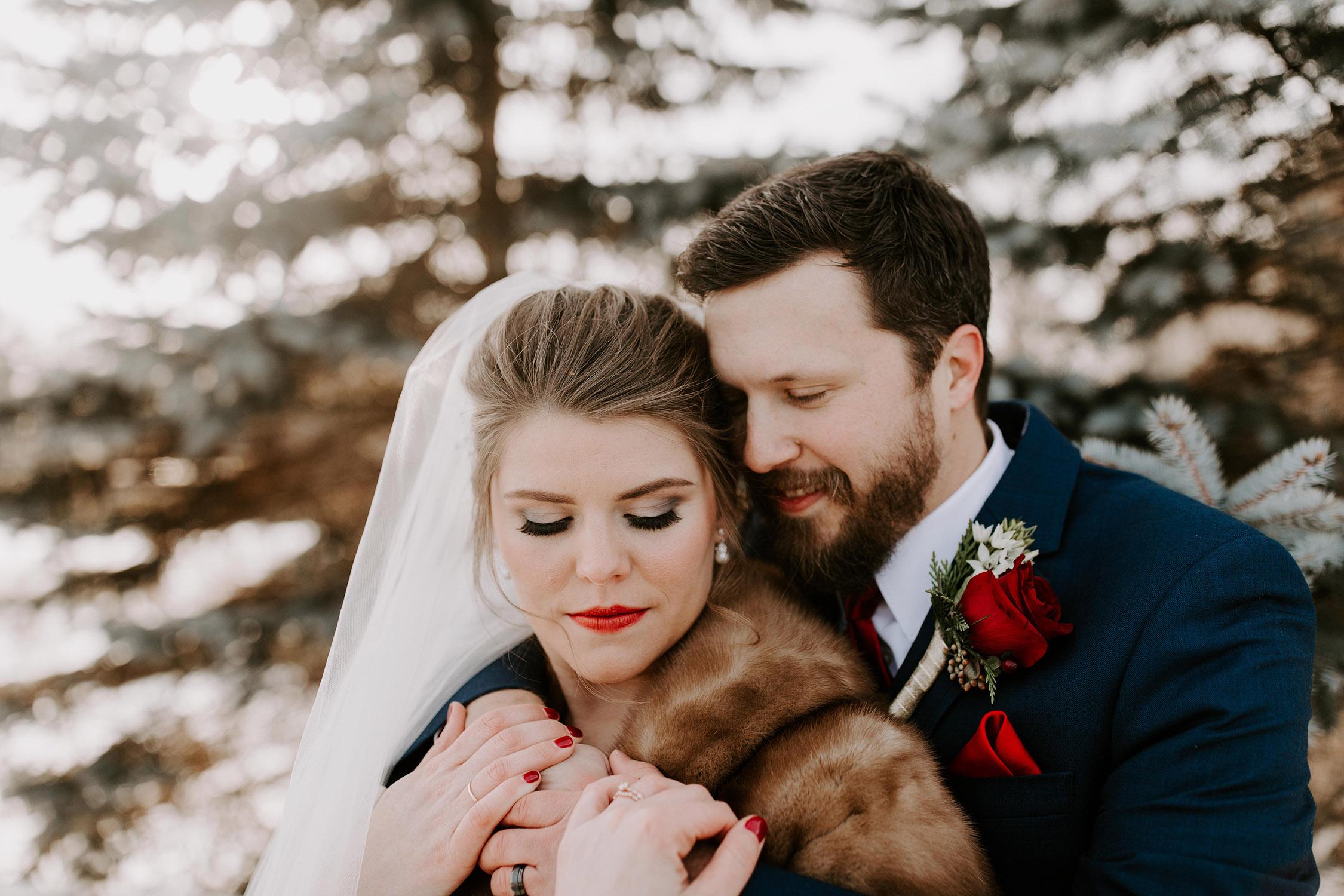 smokey-eye-red-lip-winter-wedding-makeup (68).jpg
