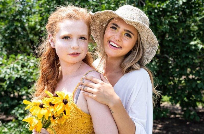 Cosimo-Sunflower-Summer-Bright-Editorial-Makeup (3)-min.jpg