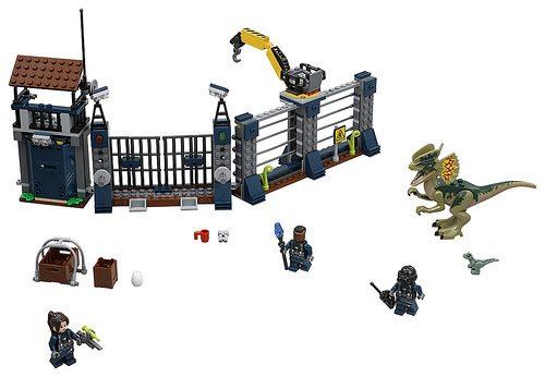 Jurassic-World-Fallen-Kingdom-set-3.jpg