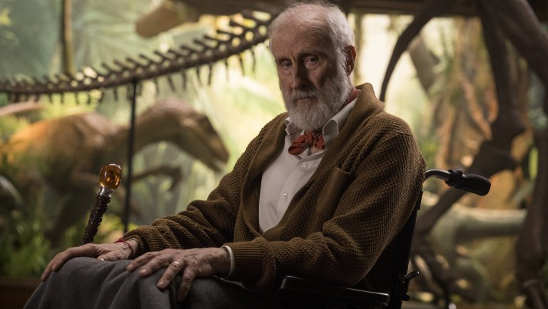 james_cromwell_in_jurassic_world-_fallen_kingdom_-_publicity_-_h_2018.jpg