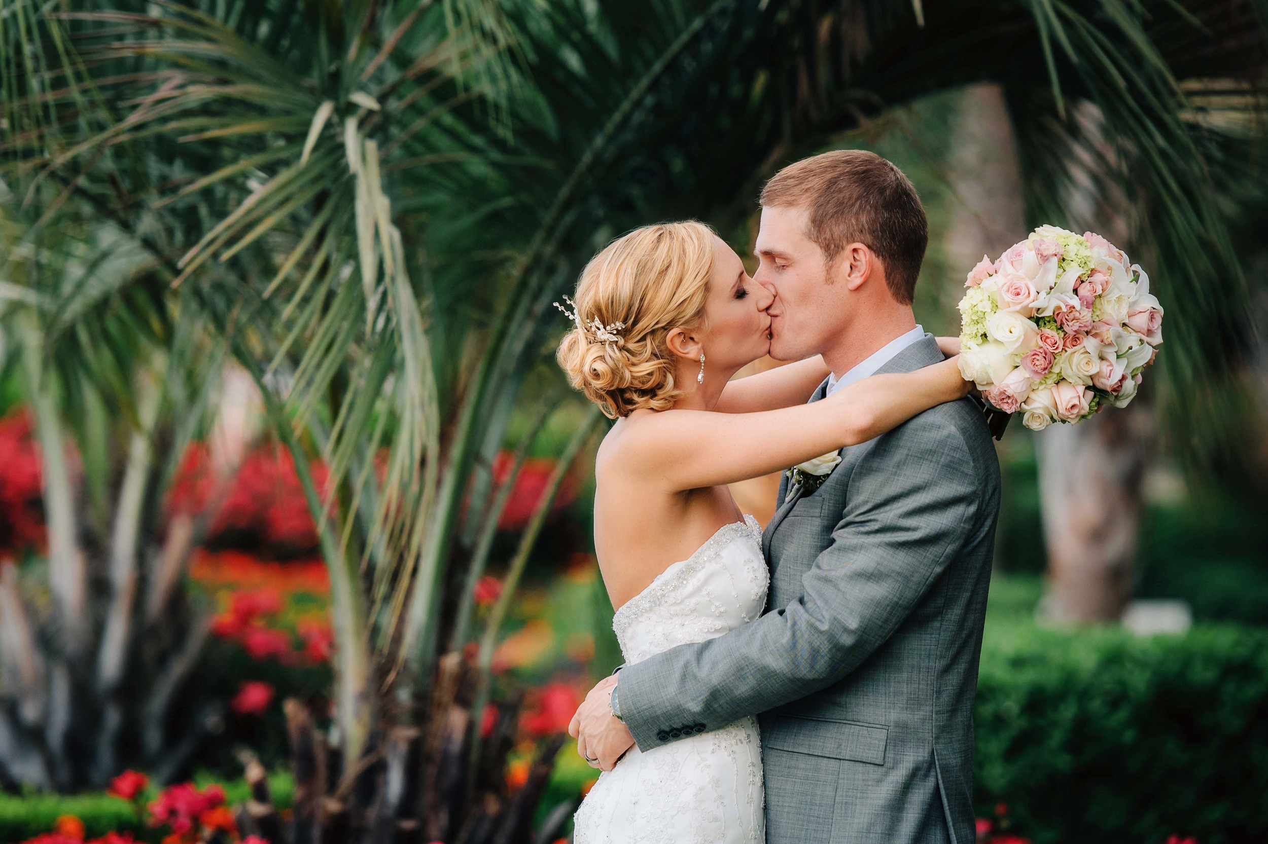 virginia-beach-wedding-photographer-oceanaire-wedding-photography-norfolk-wedding-photographers-porstmouth-wedding-photographer-melissa-bliss-photography